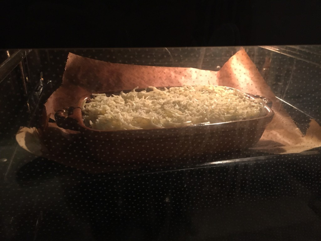 Auflaufform in Ofen