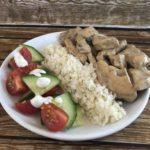 Leckeres Gyros mit falschem Reis und toller Sahnesauce