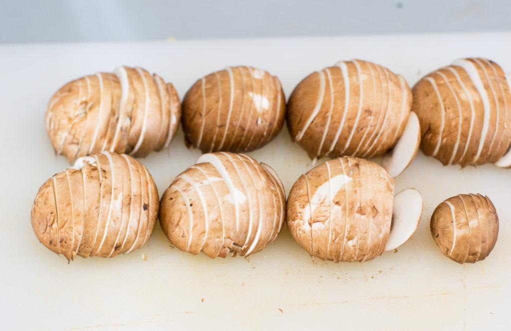 Champignons kleinschneiden
