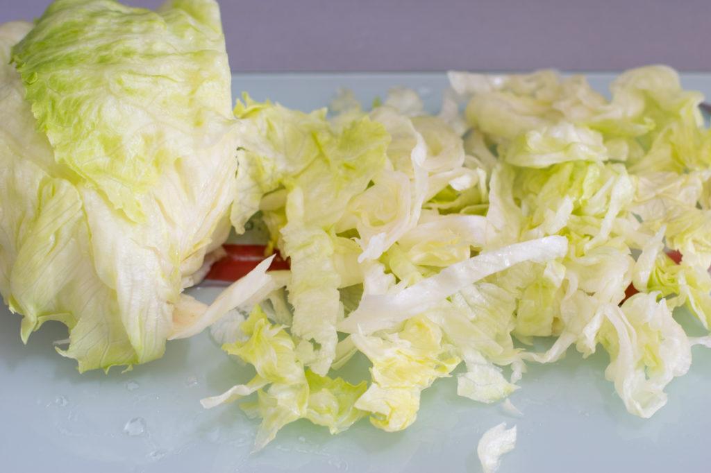 Salat zerkleinern