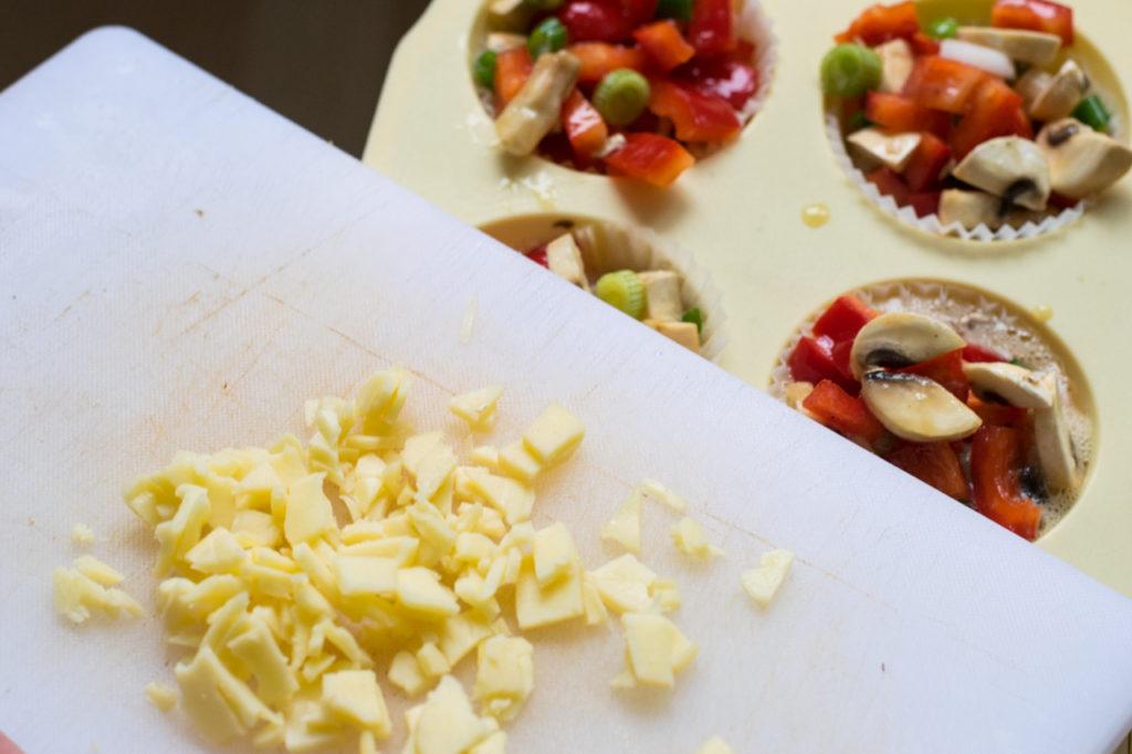 Käse kleinschneiden