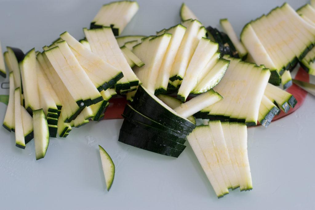 super leckere frische zitronen parmesan low carb nudeln. Black Bedroom Furniture Sets. Home Design Ideas
