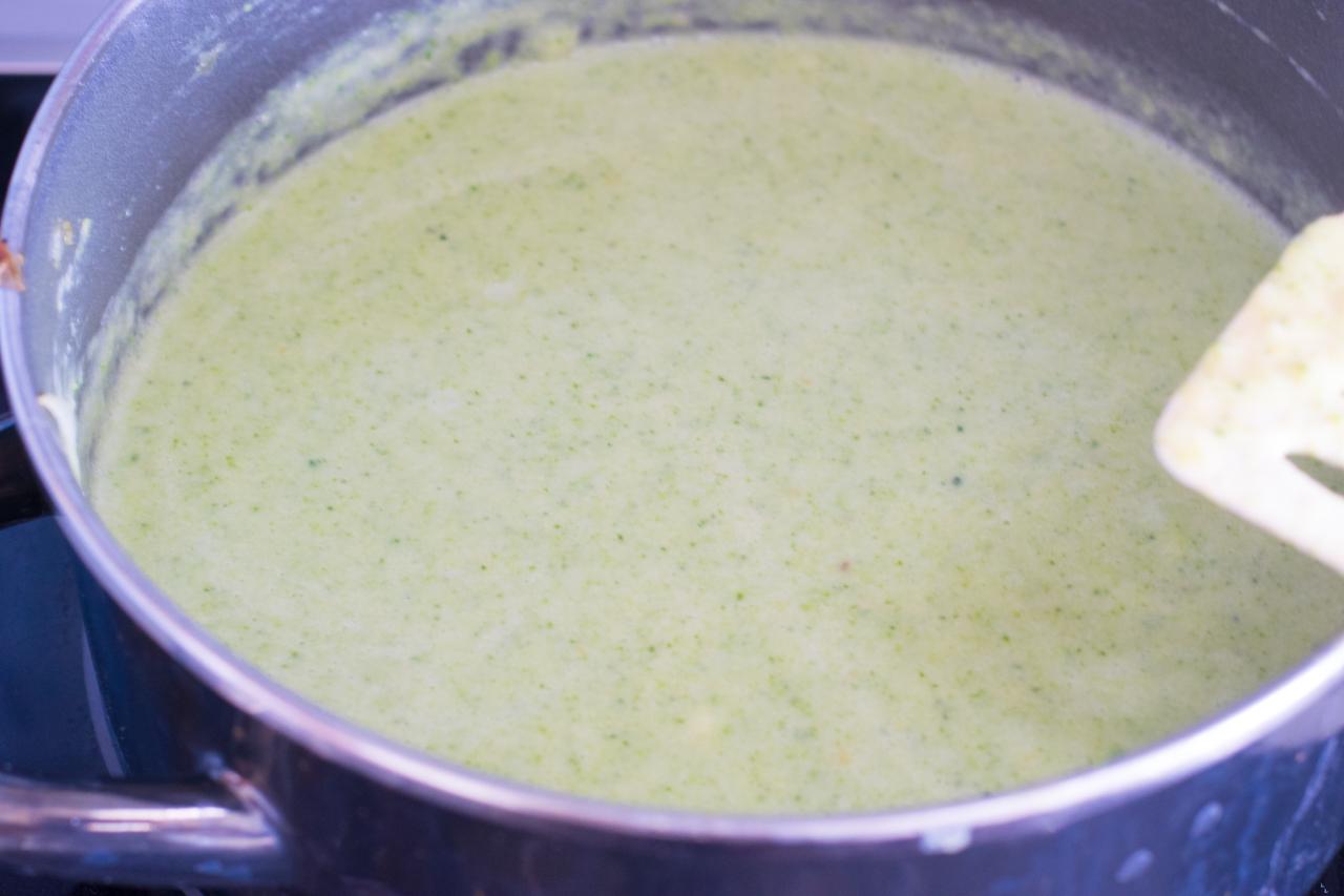 gemüse suppe püriert