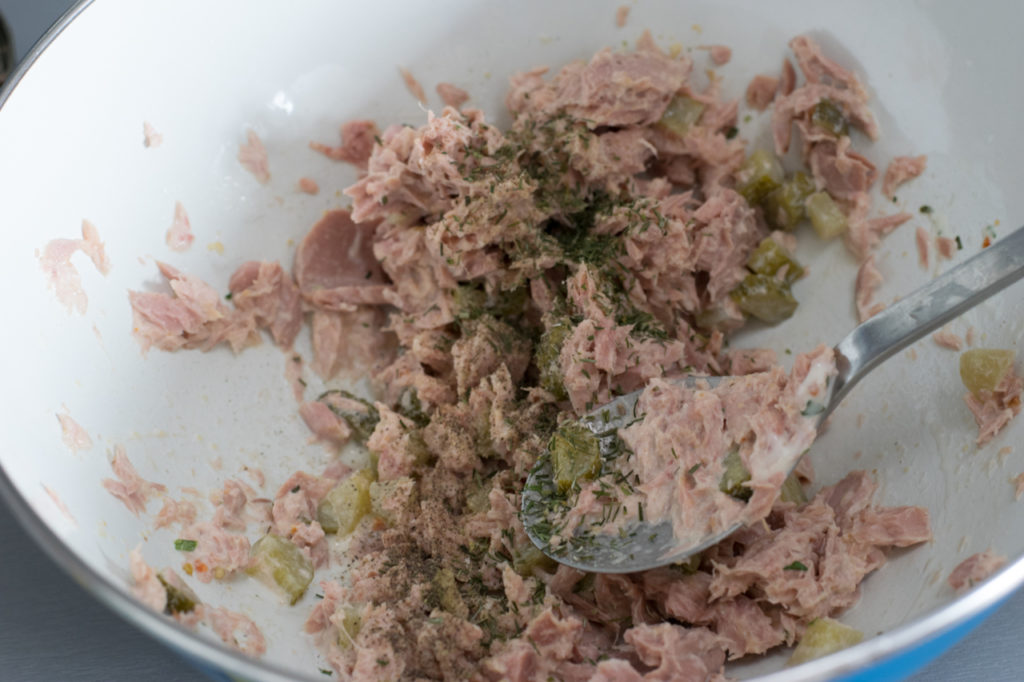 Thunfisch mischen