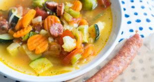 Suppe servieren