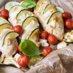 Gespickte Hähnchenbrust mit Grillgemüse und Feta!