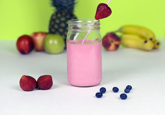 erdbeerbuttermilch-haferkleie