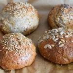 Die BESTEN & LECKERSTEN Low Carb (Frühstücks-)Brötchen