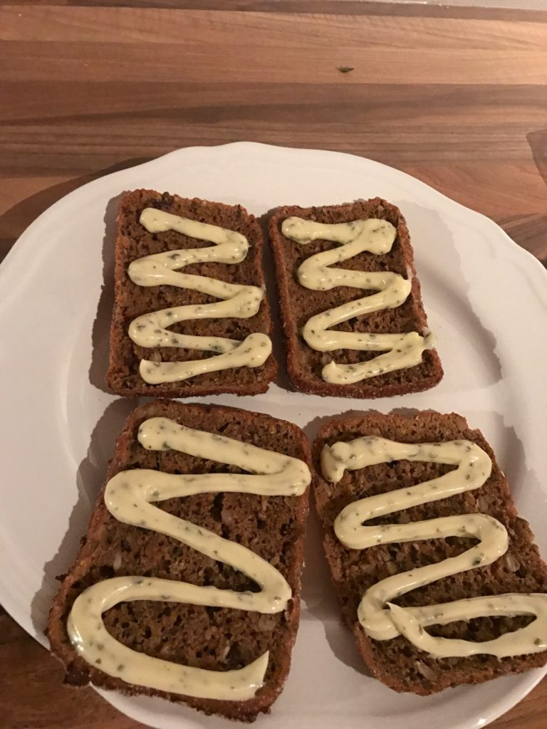 Remoulade Low Carb Haiwaii Toast