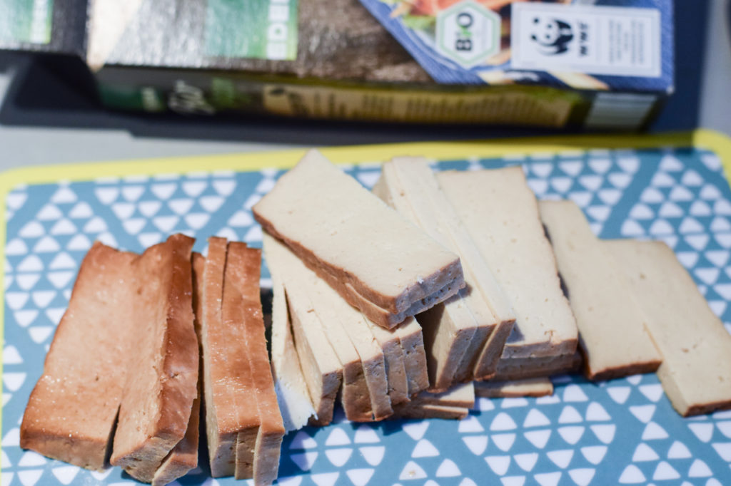 Tofu kleinschneiden