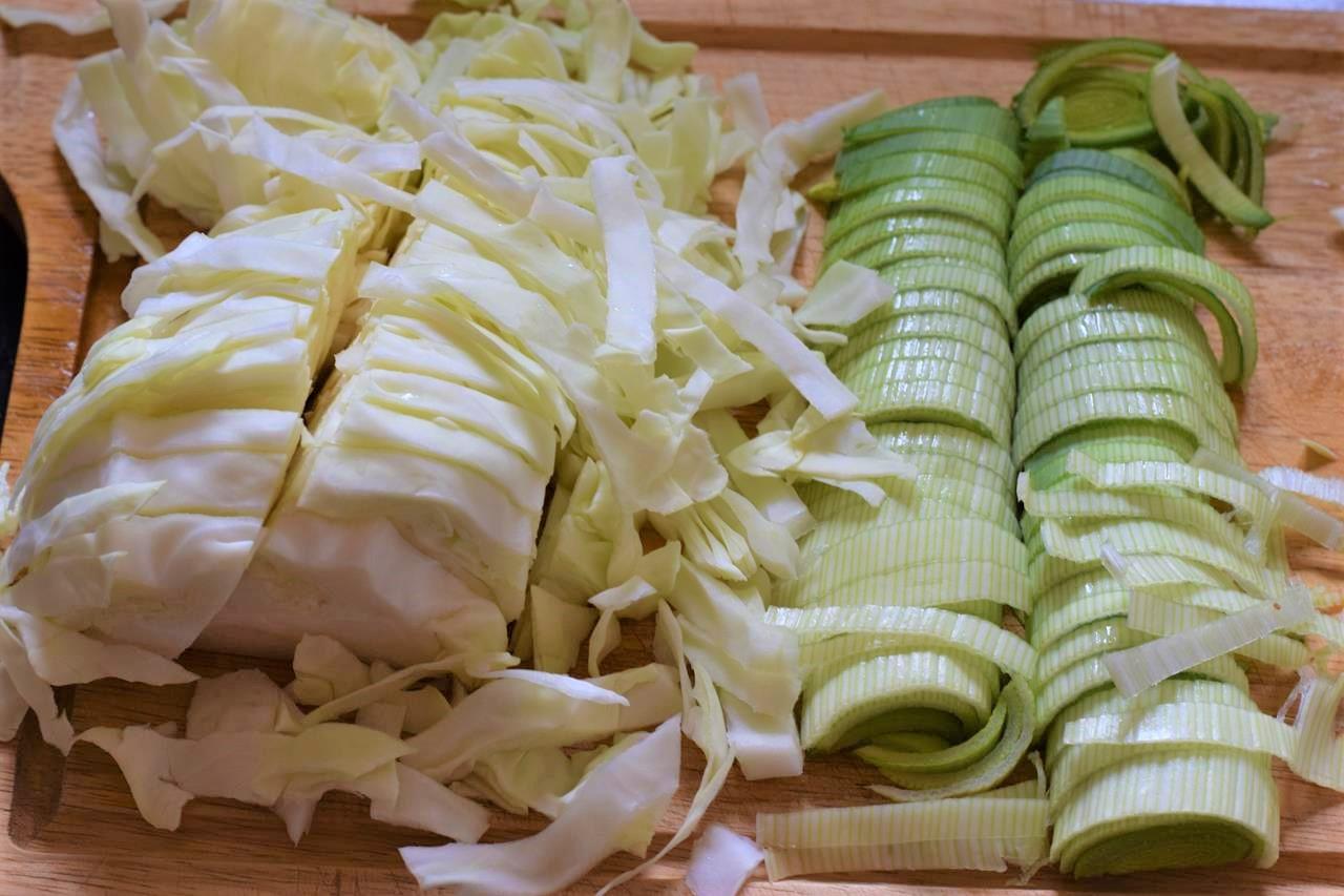 spitzkohl mit hackfleisch und kartoffeln