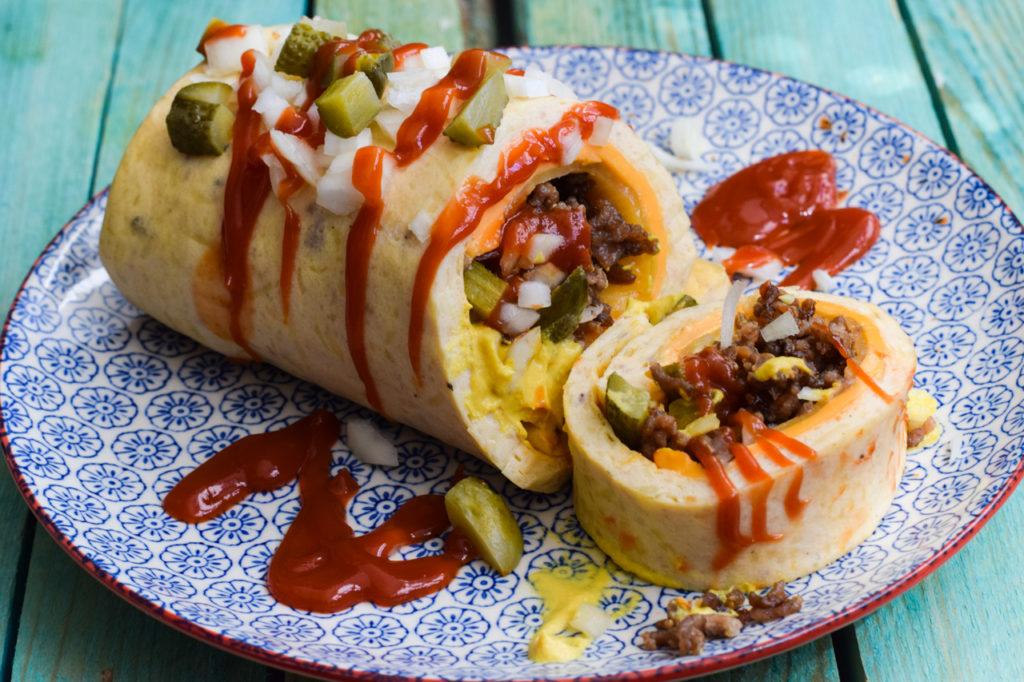 Low Carb Cheeseburger Rolle
