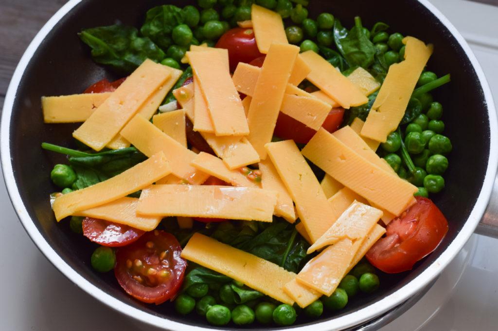 Käse dazugeben