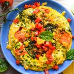 Köstliche 15-Minuten Low Carb Erbsen Spinat Frittata mit Käse