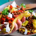 Mexikanische Low Carb Blumenkohl-Tortillas mit Hackfleischfüllung